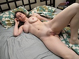 Mature Wife in Nude Pictures Shows a Sexy Body
