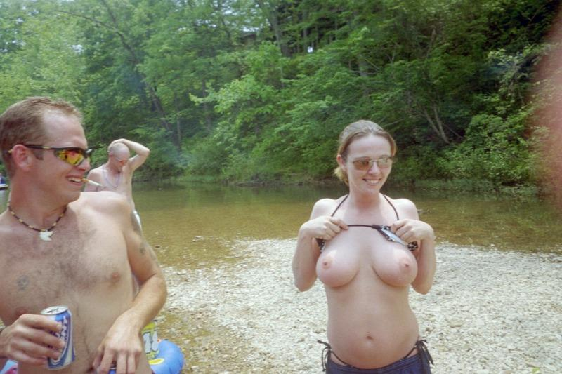 Flashing Tits to Friends on Mountains Trip