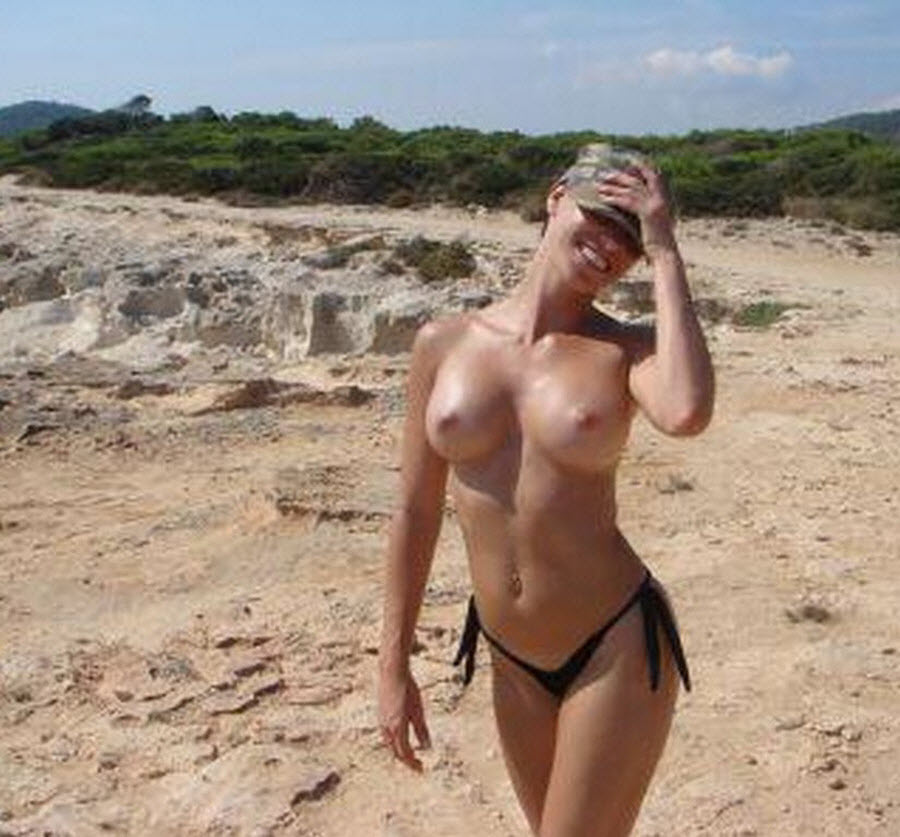Perky Nice Tits on My Ex Girlfriend Photo at Beach