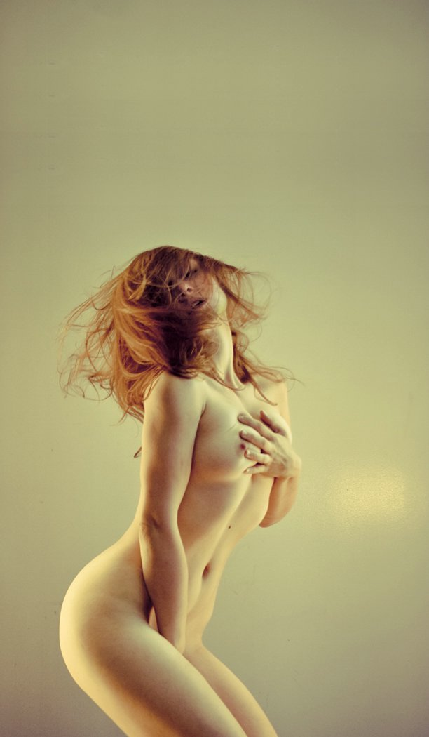 Nude Homemade Redheads Posing In Amateur Photos
