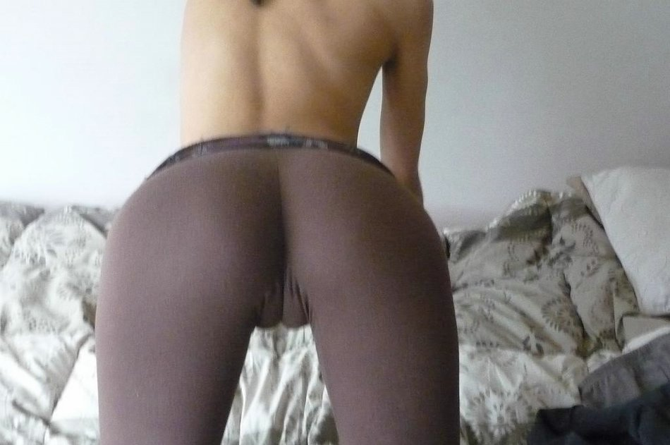 Tight Yoga Pants Camel Toe