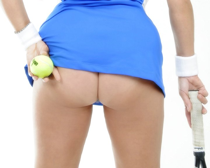 Hot Tennis Player Girl Reveals Ass on Photo