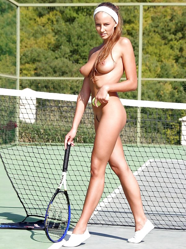 Naked Tennis Girl Photo