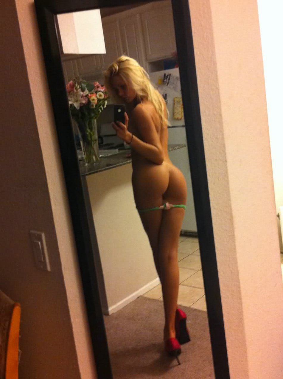 Blonde girl mirror pic ass in panties
