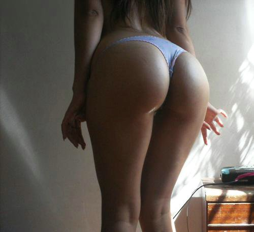 Big White Asses Mirror Posing Pictures
