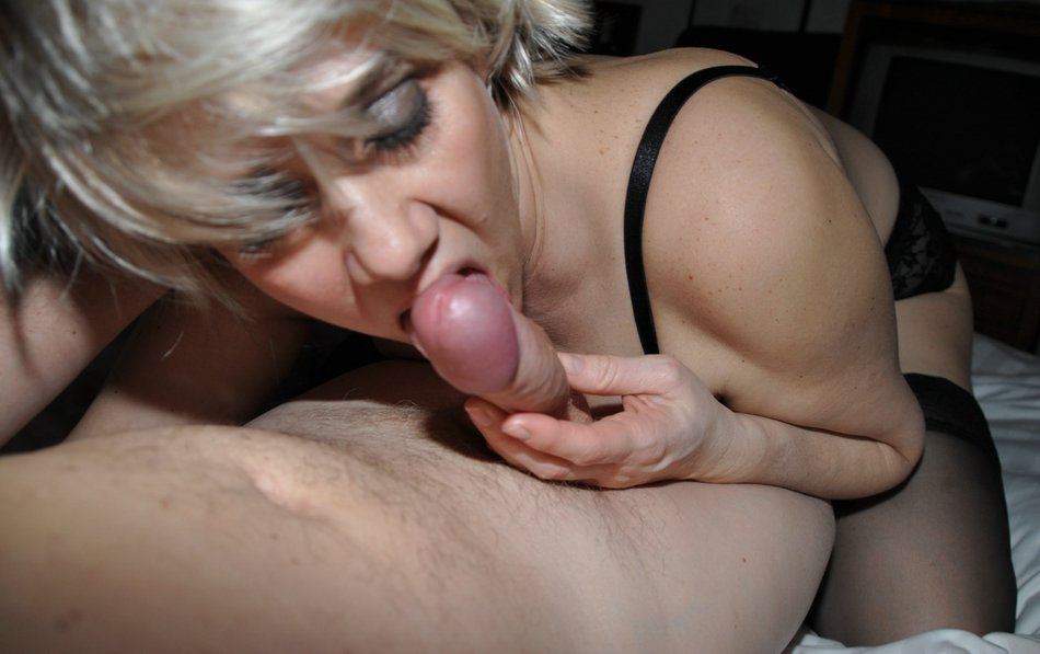 Amateur Wife Rides Dick